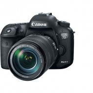 Canon EOS 7D Mark II DSLR Camera with 18-135mm f/3.5-5.6 IS STM Lens